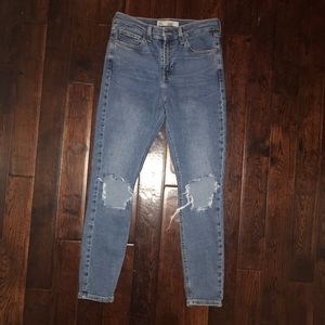 Super cute Topshop Jamie jeans
